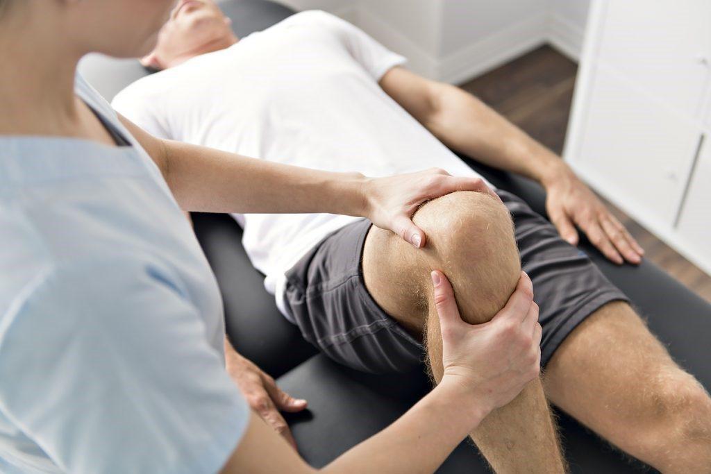 poszttraumás artrózis a könyökízületben 2 fokkal térd tünetek rheumatoid arthrosisja