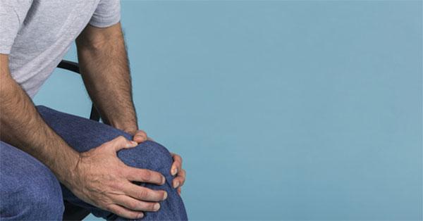 a térdízület tünetei és kezelése intrapatellaris bursitis esetén)