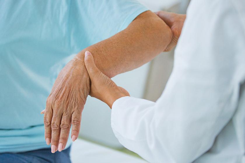 a bal vállízület deformált artrózisa fájdalom boka duzzanat