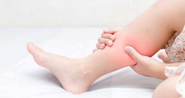fáj a karok és a lábak)