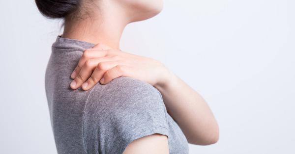 Súlyos ízületi fájdalom, különösen a vállon