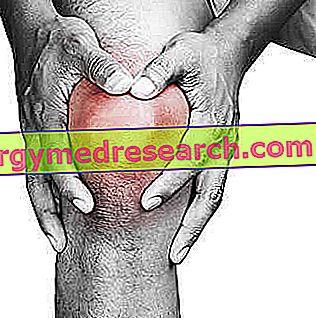 a térd traumás bursitisének kezelése)