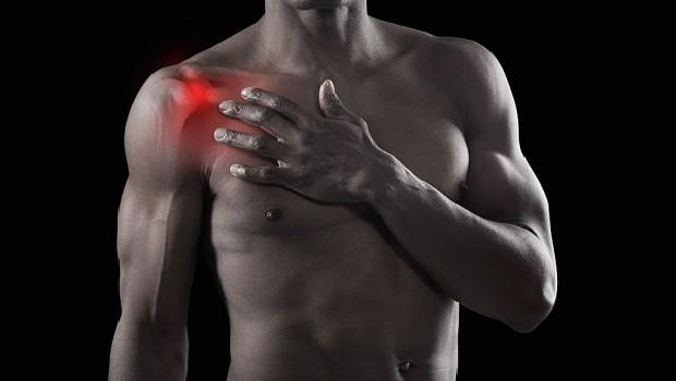 a vállízület fáj, amikor a kar visszahúzódik