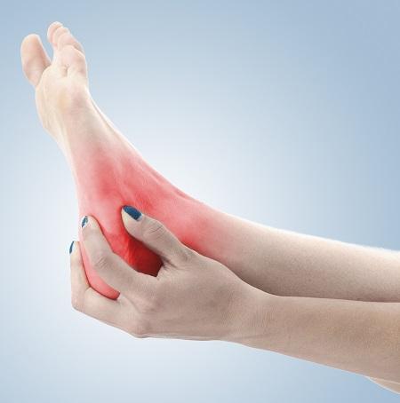 reggeli fájdalom a boka akut fájdalom a csípőízületben esés után