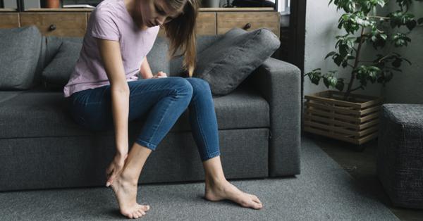 a lábak ízületei fájni kezdtek, mit kell tenni