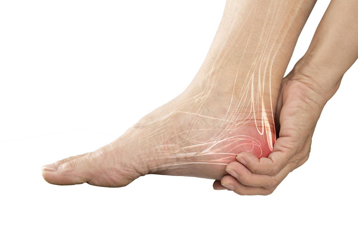 masszázs a lábak ízületeinek fájdalmaként