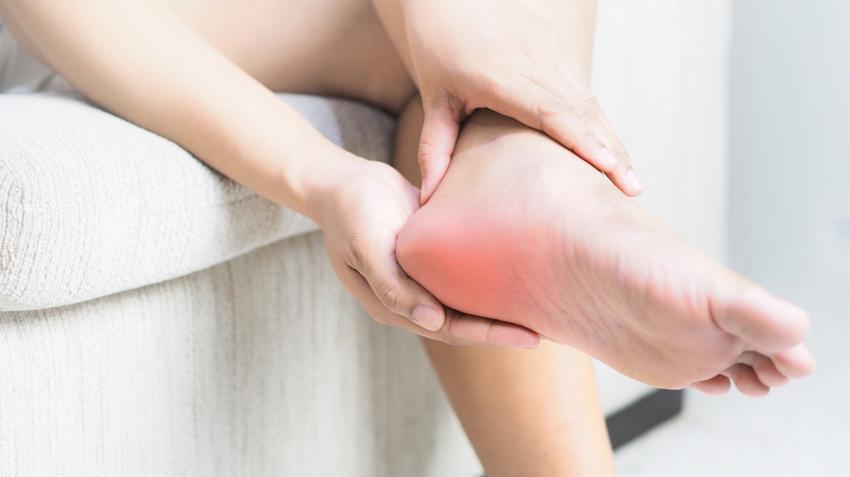 kattintással boka sarok fájdalom