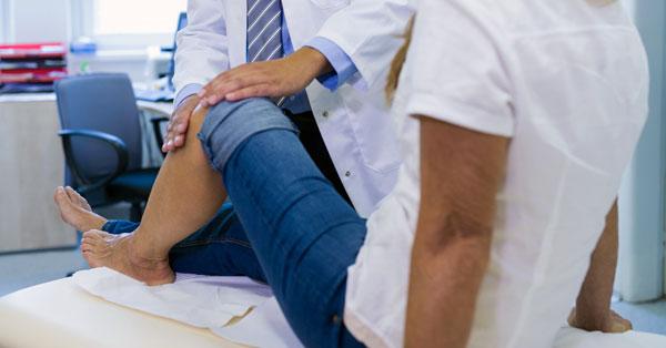 miért fáj a térd