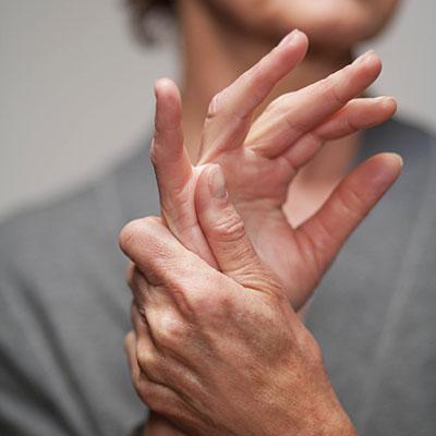 a kézízületek fájdalmának kezelése