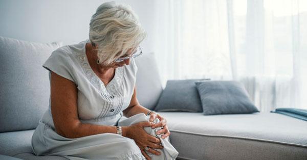 milyen jelei vannak az íves ízületek artrózisának)