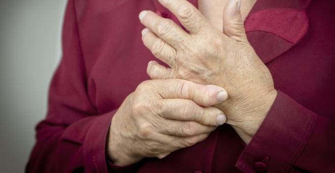 ujjízületi fájdalom, hogyan lehet segíteni)
