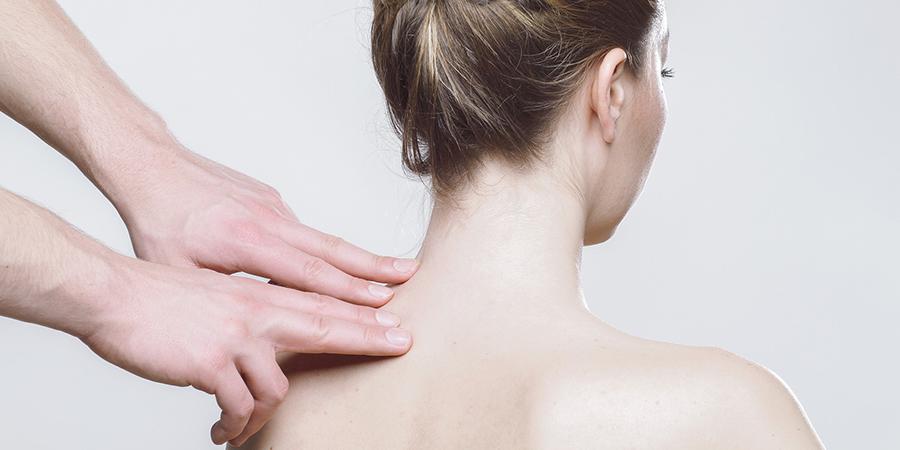 együttes kezelés nyírfa levél kéz sérülés