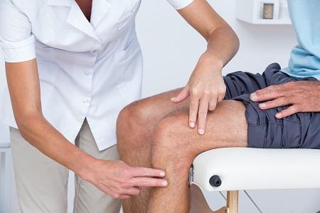 fájdalom a térdben, amelyhez az orvos glükózamin sport