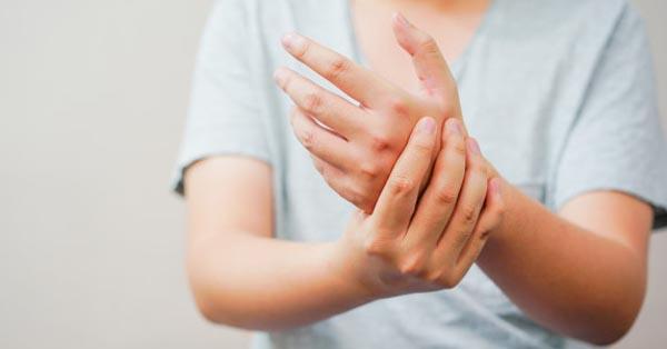 tömörítsük novokainnal az ízületi fájdalmak kezelésére receptek a lábak ízületeiben jelentkező fájdalomra