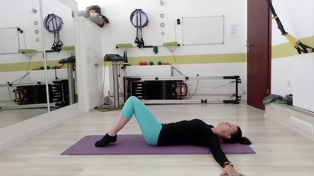 8 gyakorlat derékfájás ellen a mindennapokra | Lettering, Body, Workout