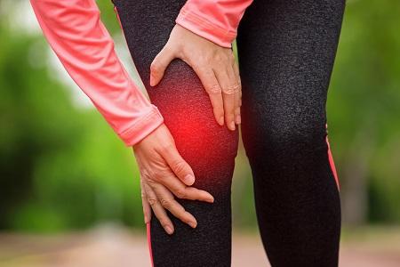 térdfájdalom hosszú séta után