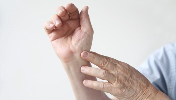 artrózis új kezelési módszerek kámfor ízületi kezelésre