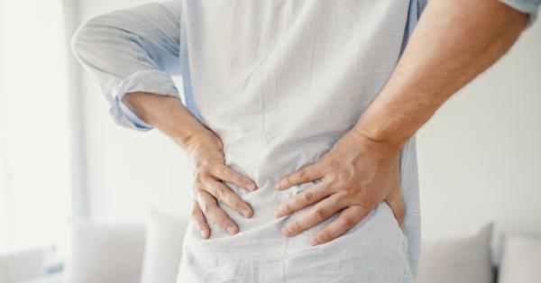 csípőízületi fájdalom visszatéréssel)
