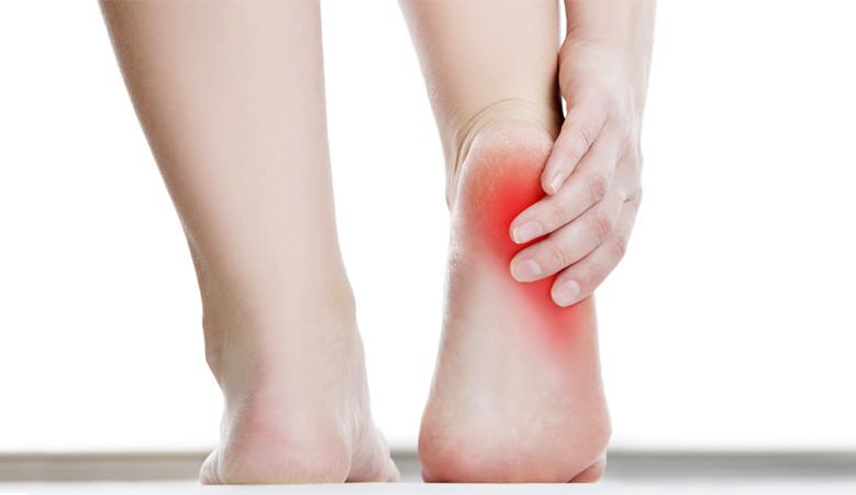 7 jó megoldás sarokfájdalom esetén